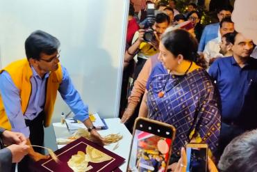 Hon. Cabinet Minister  Smruti Irani , Ministry of Women and Child Development visited stall